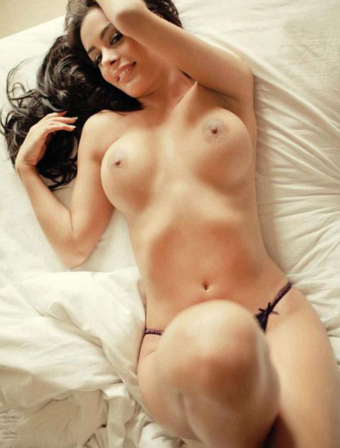 Порно стриптиз на вечер трахает дивуар, пизды толстожопых женщин стоящие раком