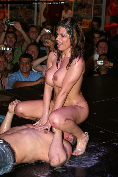 Порно фестивали смотреть конкурсы танцы порно