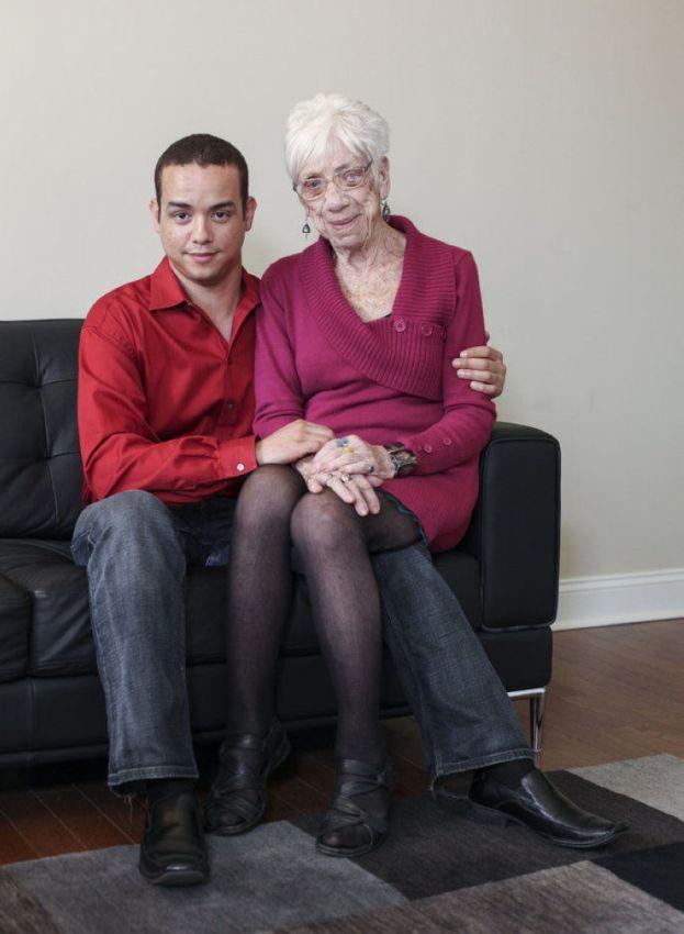 Знакомства Молодых С Пожилыми