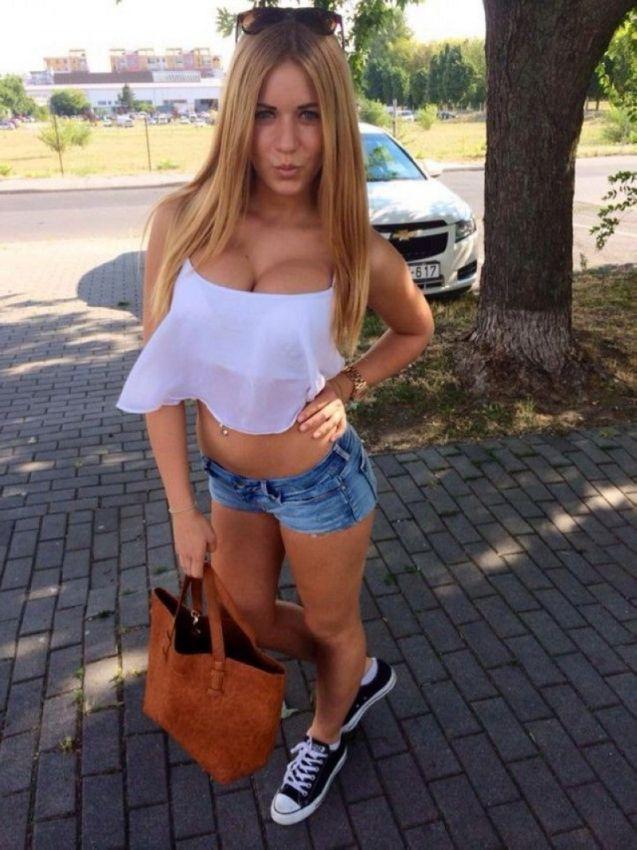 Latinas fucking big dicks